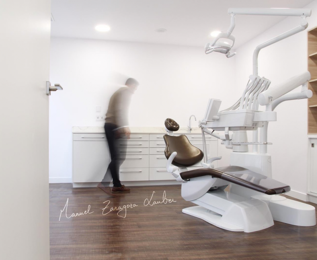 Clínica dental - dental clinic - MZL
